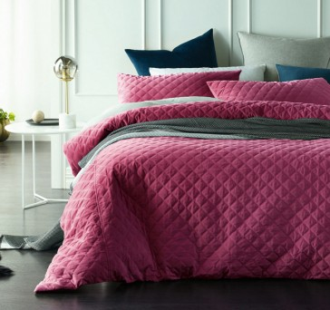 Diamond King Deep Cerise Quilted Cotton Velvet Quilt Cover