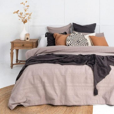 Ashcroft Super King Quilt Cover Set by Bambury