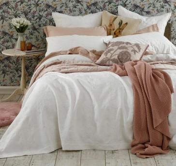 Aviana Bedcover Set White