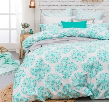 Ashleigh Quilt Cover Set by Bambury