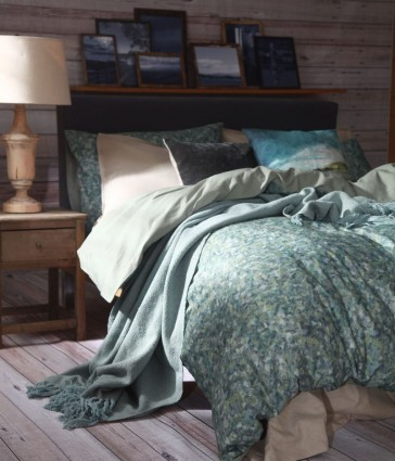 Crackle Queen Quilt Cover Set by MM Linen