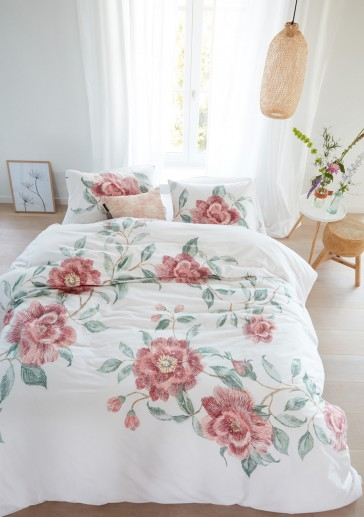 Rosette Pink Quilt Cover Set by Bedding House