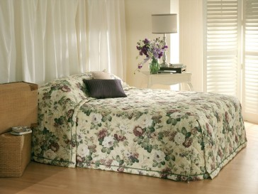 English Garden Queen Bedspread Set by Bianca