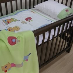 Gingerbread Man Cot Quilt Cover Set by Happy Kids