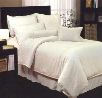 Magnifico Quilt Cover Set by Phase 2