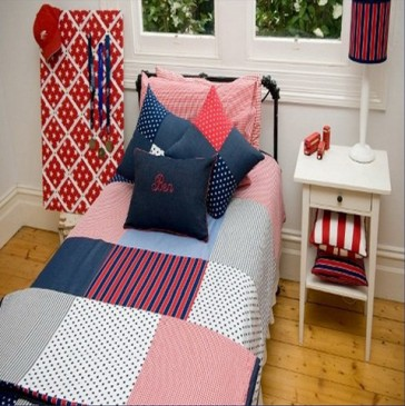 Stars & Stripes Double Quilt Cover Set by Lullaby Linen