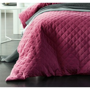 Diamond King Deep Cerise Quilted Cotton Velvet Quilt Cover Sets by Vintage Design