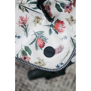 Reversible Botanical Gingham stroller seat liner by OiOi