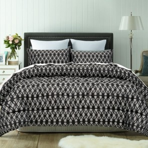 Living Black 3 Piece Comforter Set by Accessorize