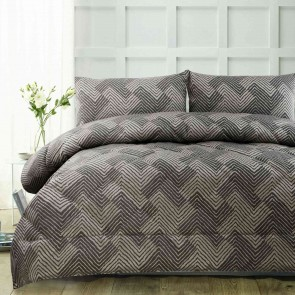 Piper Brown Jacquard Comforter