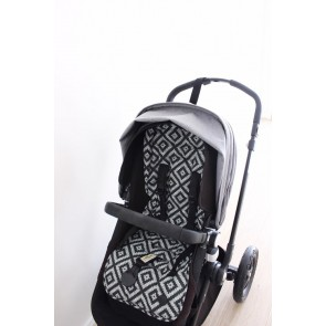 Stroller Aztec Chevron Peat Seat Liner by Oi Oi