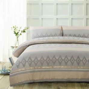 Avery Jacquard Quilt Cover Set King by Accessorize