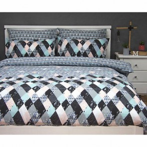 Axel Quilt Cover Set by Apartmento