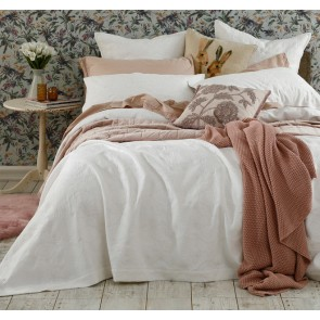 Aviana Bedcover Set White