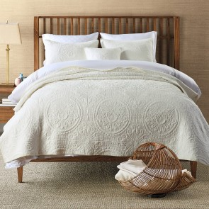 Baroque Ivory 100% Cotton Super King Coverlet Bedspread Set
