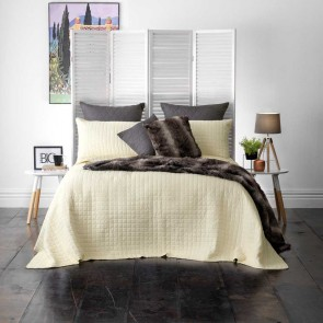 Smithfield Cream Bedspread Set by Bianca