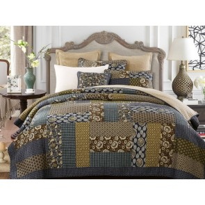 Country Blue Bedspread by Classic Quilts