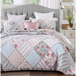 Country Charm Bedspread by Classic Quilts