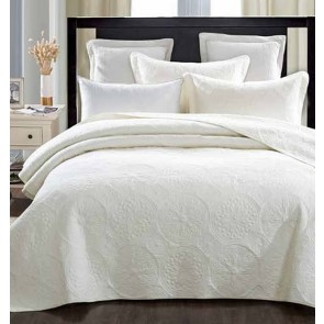 Elegant Ivory Bedspread by Classic Quilts
