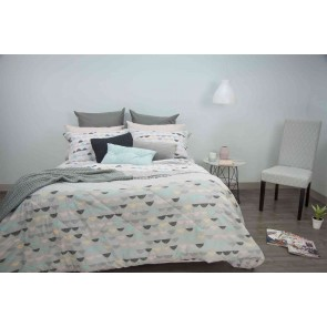 Eve Quilted Comforter Set by Apartmento