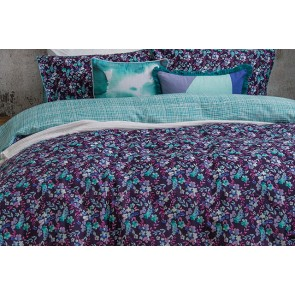 Evelyn Quilt Cover set by Bambury