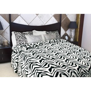 Printed Faux Fur Quilt Cover by Kingtex