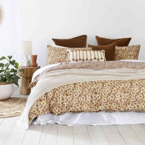 Marguerite Reversible Quilt Cover Set by Bambury