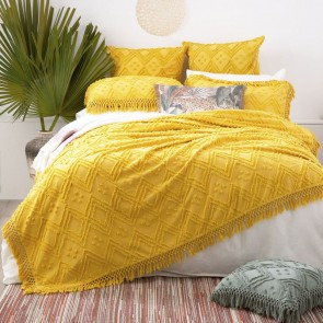 Misted Yellow Medallion 100 % cotton Vintage washed Tuffted Bed Cover set by Park Avenue