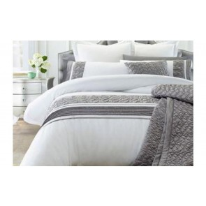 Monica Quilt Cover Set by Phase 2