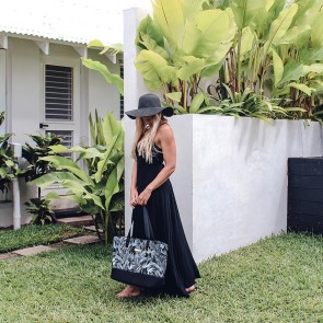 Neoprene Beach Bag Polynesia Black by Escape To Paradise