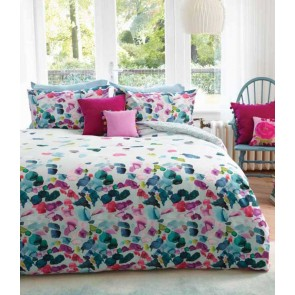 Petals Quilt Cover Set by MM Linen