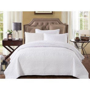 Pure White Bedspread by Classic Quilts
