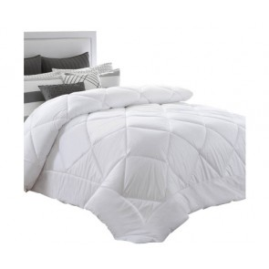 400GSM Microfibre Quilt by Giselle Bedding