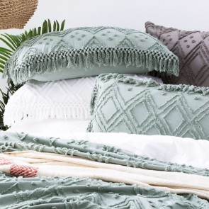 Sage Medallion 100 % cotton Vintage washed Tuffted Bed Cover set by Park Avenue