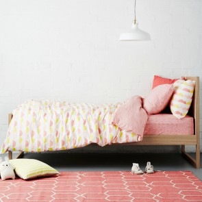 Scallop Pink Quilt Cover Set by Scout