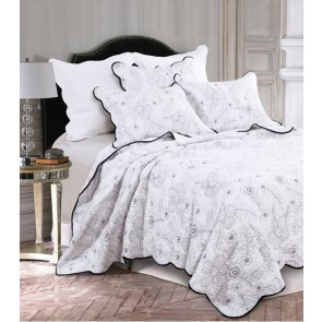 Serenata White Bedspread by Classic Quilts