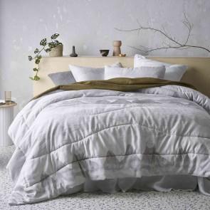 Silver Bulla Comforter Set by Accessorize