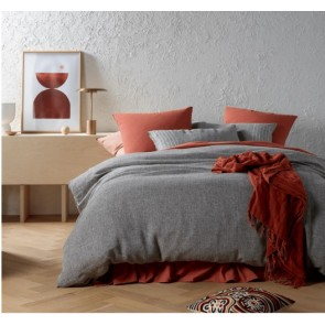 Sentosa Yarn Dyed Linen Quilt Cover Set by Vintage Design