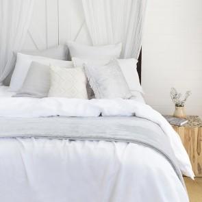 Ultraplush Blanket by Bambury