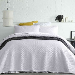 White Dexter Queen Coverlet Set by Accessorize