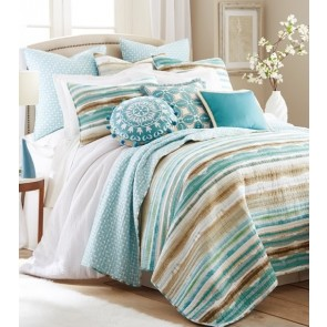 Windsor Bedspread by Classic Quilts