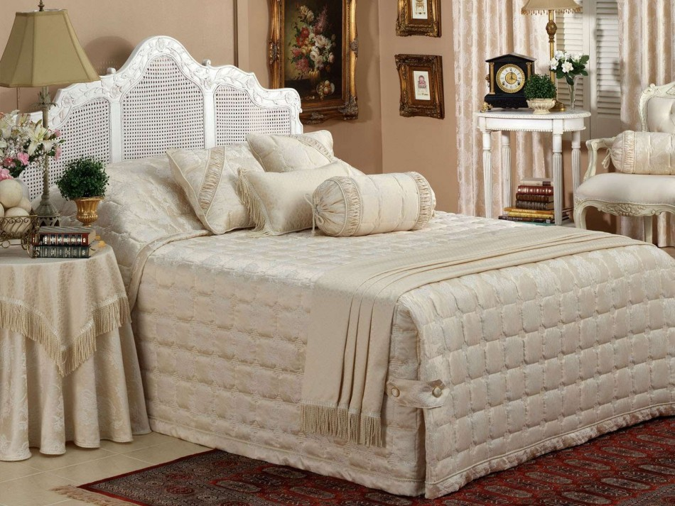 shop Nottingham Royal Bedspread By Bianca online